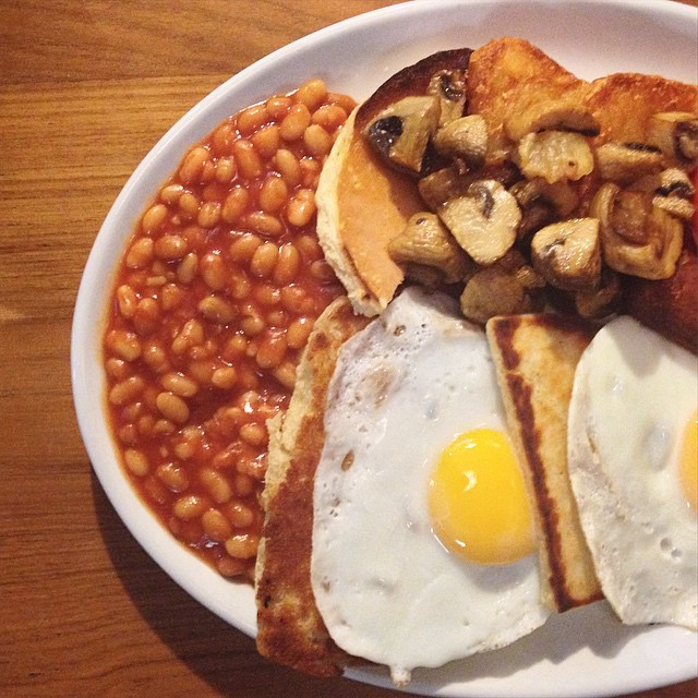 Maggie Mays is is a great place to grab some vegetarian food in Belfast, try their vegan breakfast fry.