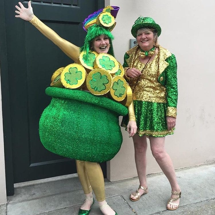 Hands-down this is one of the top St Patrick's Day outfits we have ever seen.