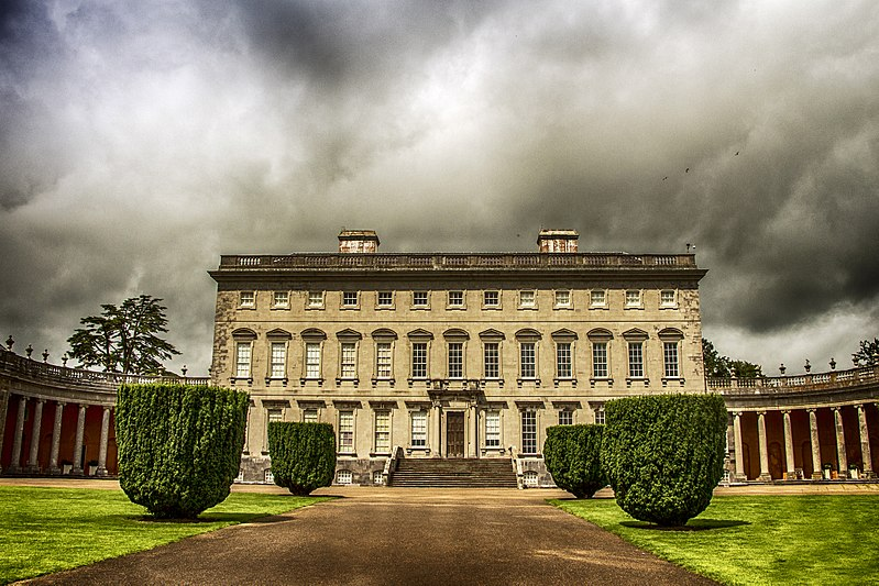 An image of the Castletown House.