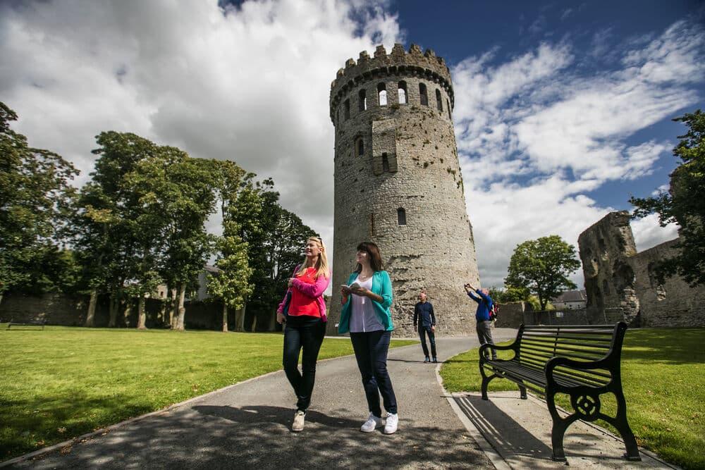 Nenagh Castle, Co. Tipperary – climb Ireland's finest cylindrical keep