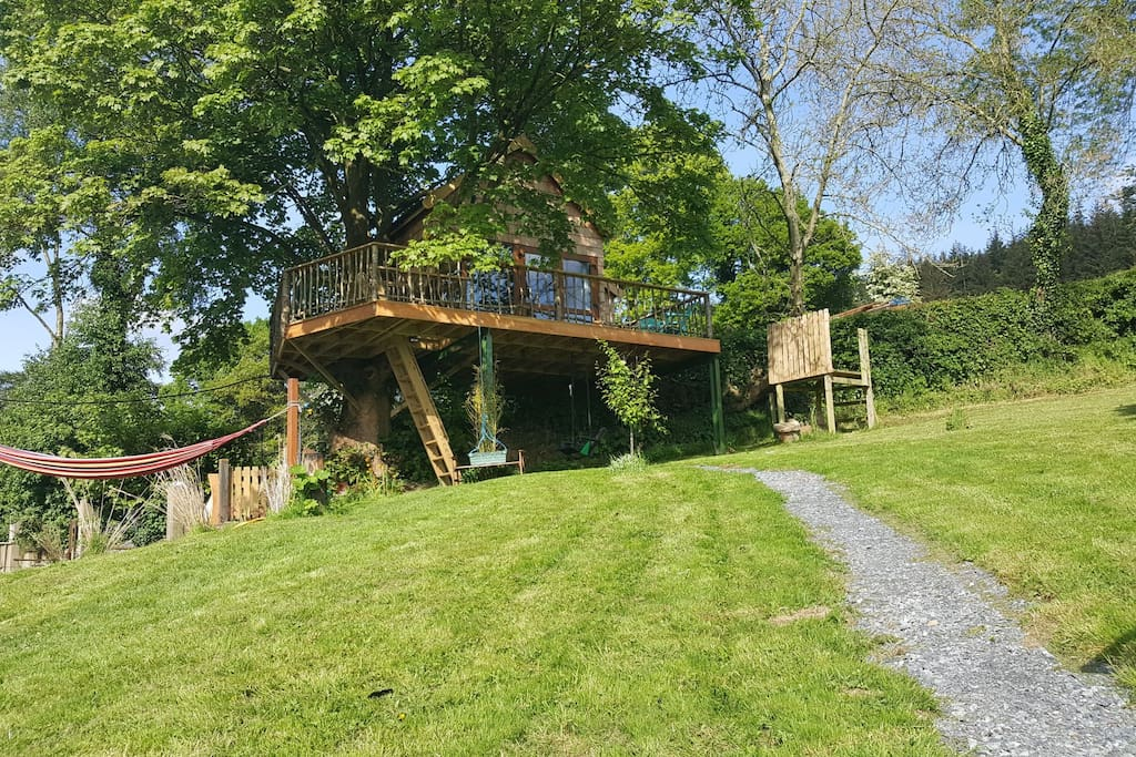 Tuckmill Treehouse (Co. Wicklow) - for everyone graving a break from reality