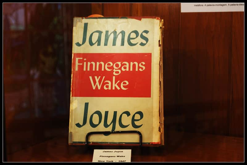 Finnegans Wake by James Joyce is another great read.