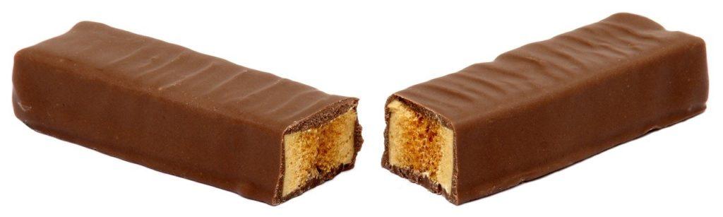 Crunchie bars were John Hume's favourite snack.
