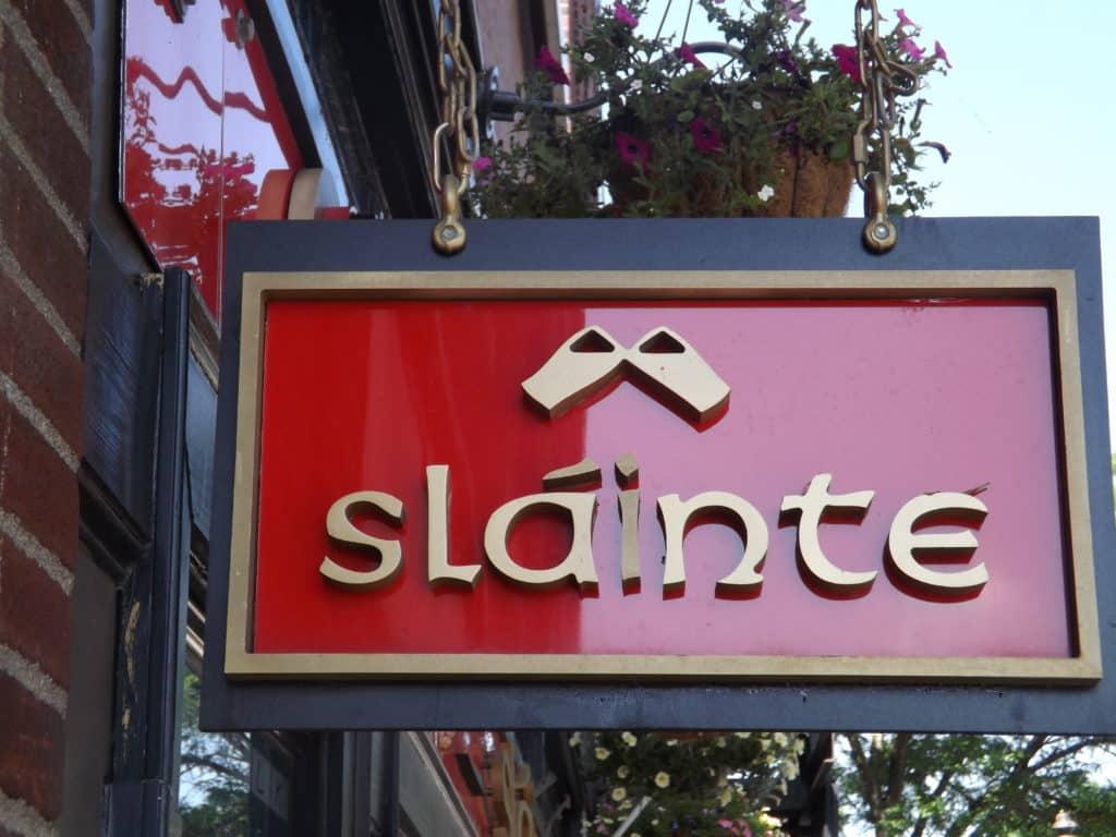 Slainte sign outside a U.S. bar.
