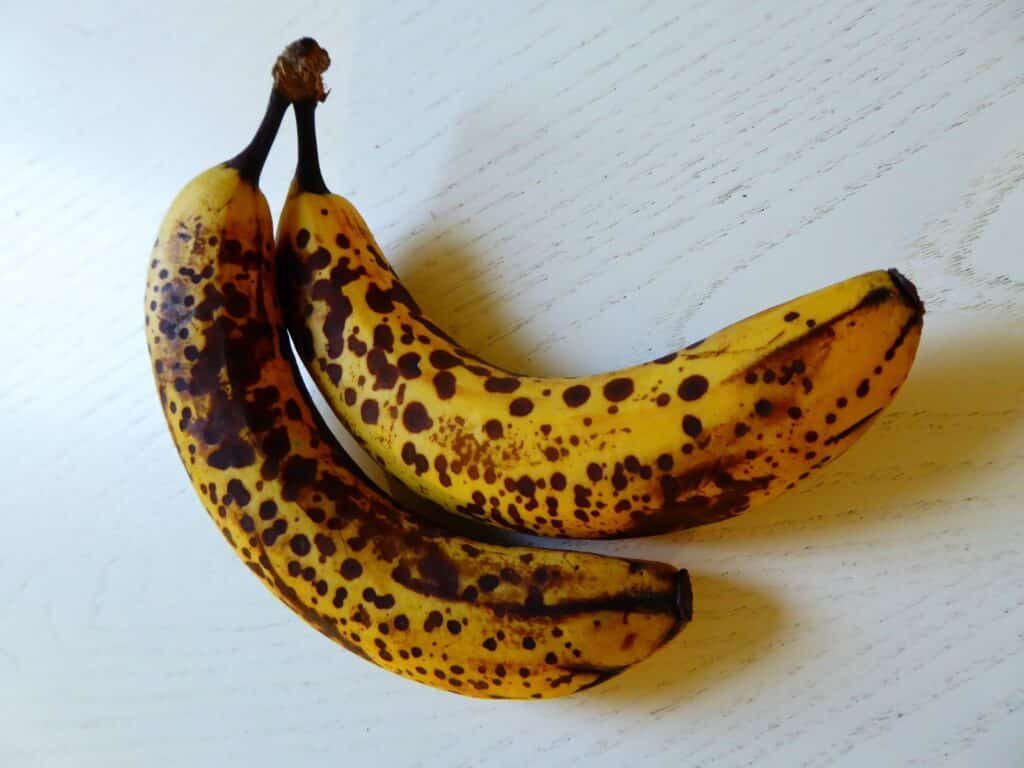 How to make good feckin' Banana bread and use up overripe bananas using this Irish banana bread recipe.