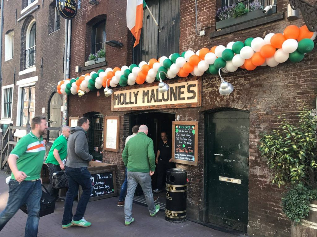 Molly Malone's is one of the best Irish Pubs in Amsterdam.