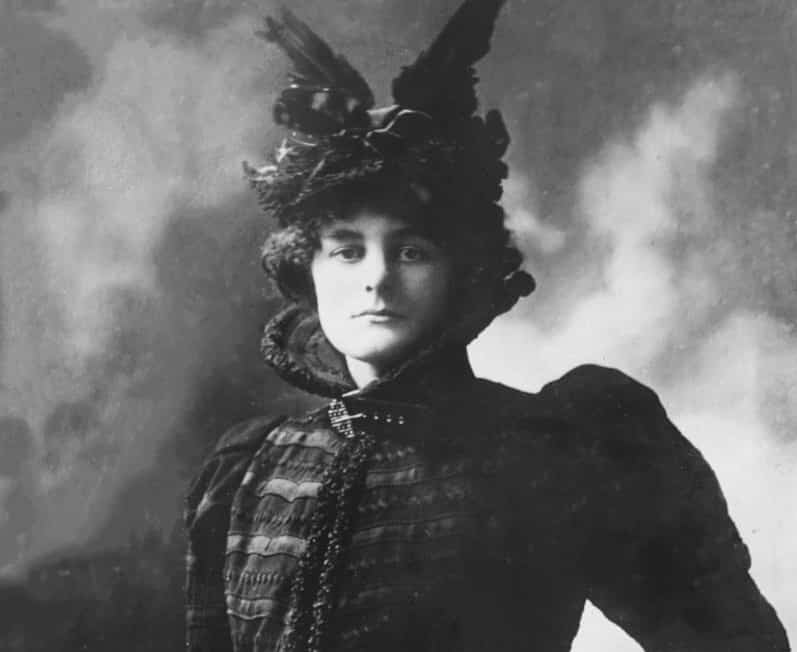 One of the facts you probably didn't know about W.B. Yeats is about his love for Maud Gonne.