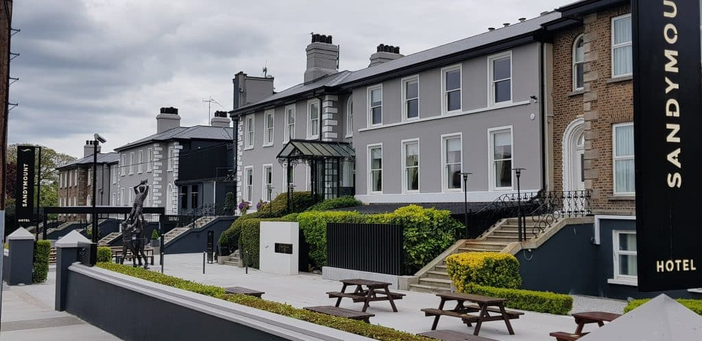 Sandymount Hotel is a great place to stay.