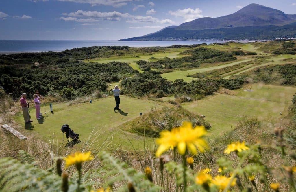 Best courses for golfing in Ireland.