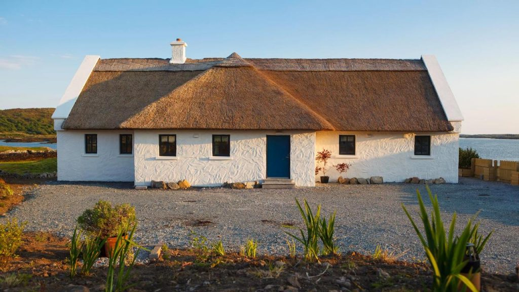 Bayside Cottage in Cork is the perfect place to watch the sun go down.