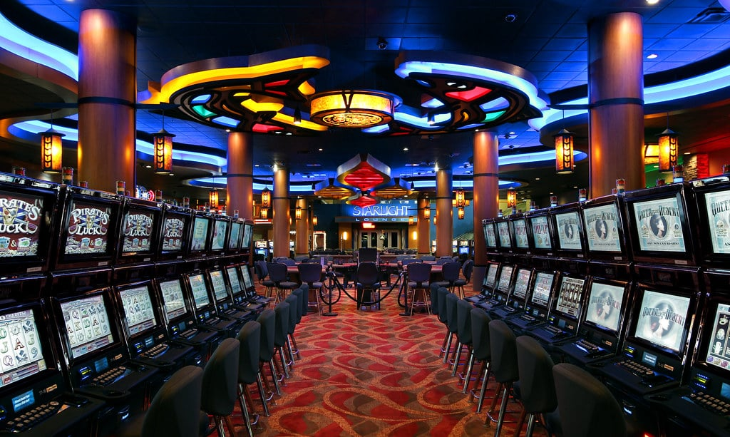 Physical casinos are one of the physical and virtual places Irish people can play games.