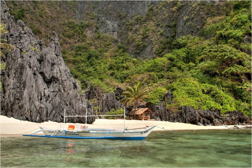 The Secret Lagoon in El Nido, Palawan, is truly magical.