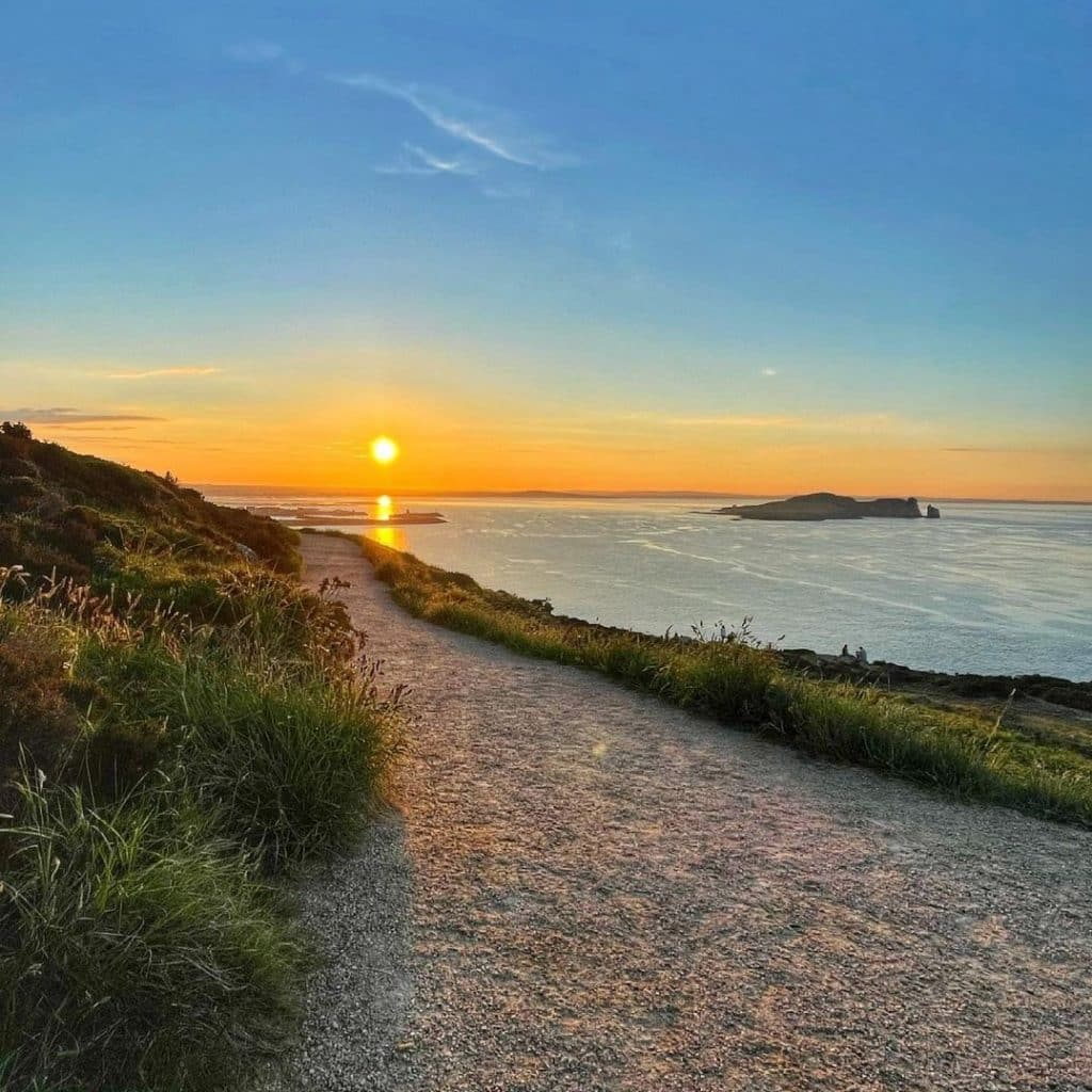 Howth Cliff Walk is one of the most romantic places to propose in Ireland.