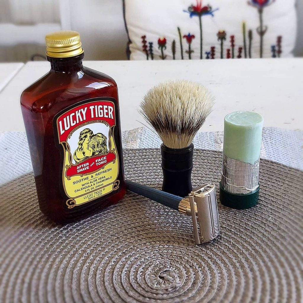 Lucky Tiger Aftershave is one of the aftershaves for Irish men that everyone loves.