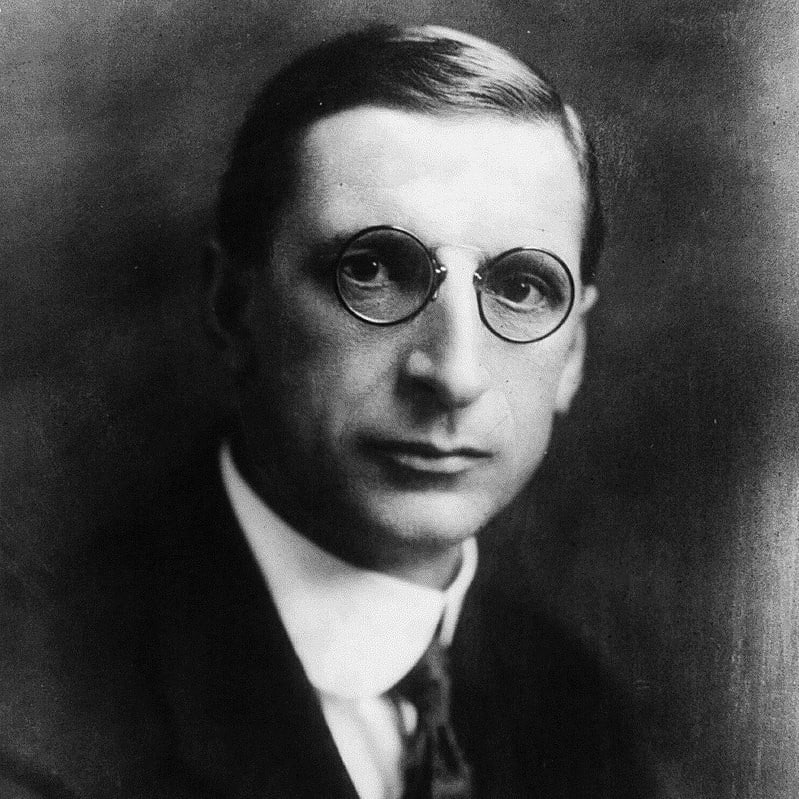 De Valera was a dominant Irish politician.