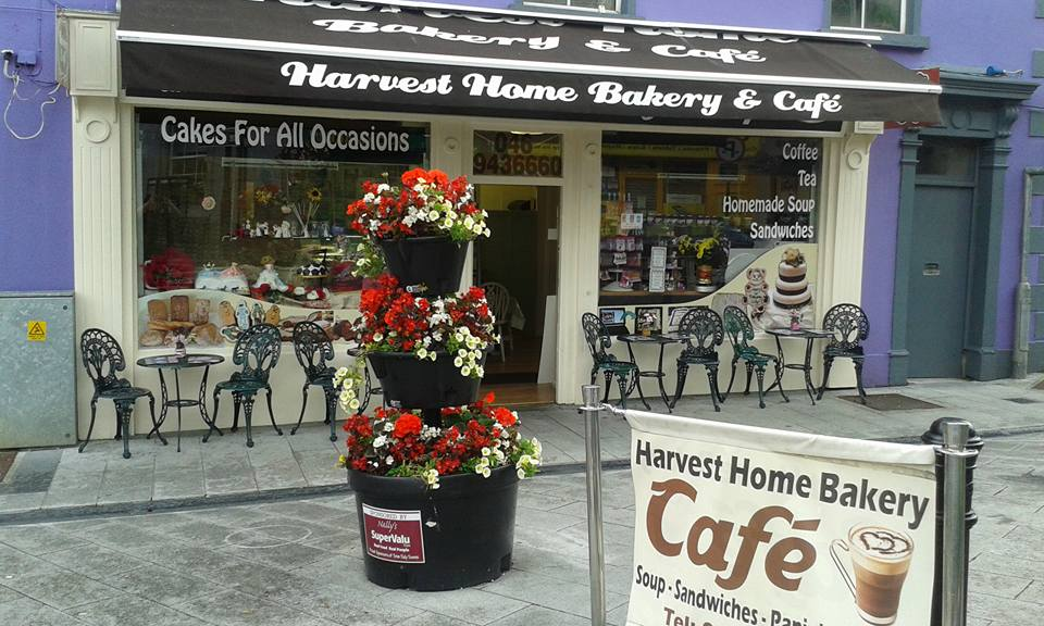 Grab a bite to eat at the Harvest Home Bakery and Cafe on the five-day Ireland itinerary.