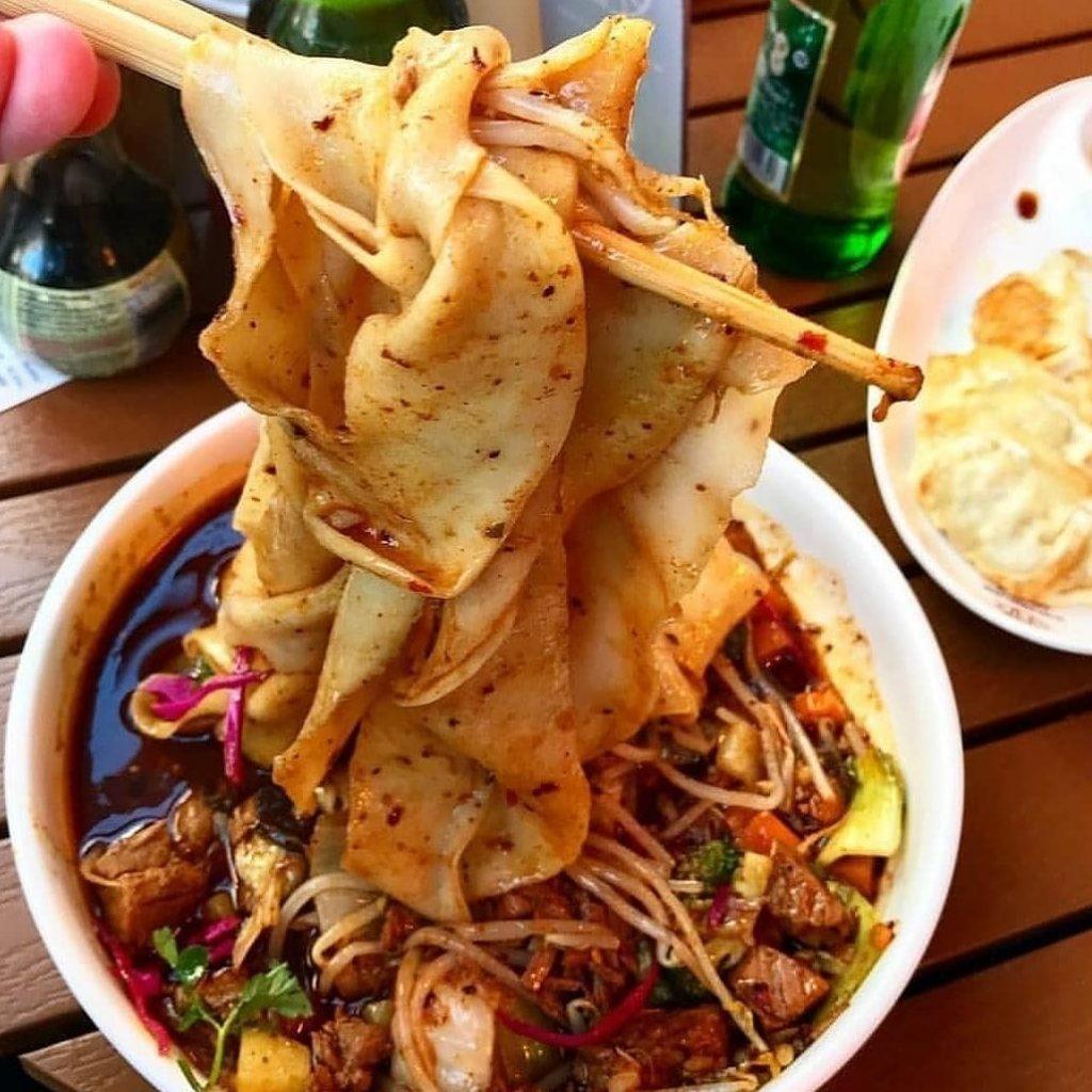 Xian Streetfood serve amazing biang biang noodles.