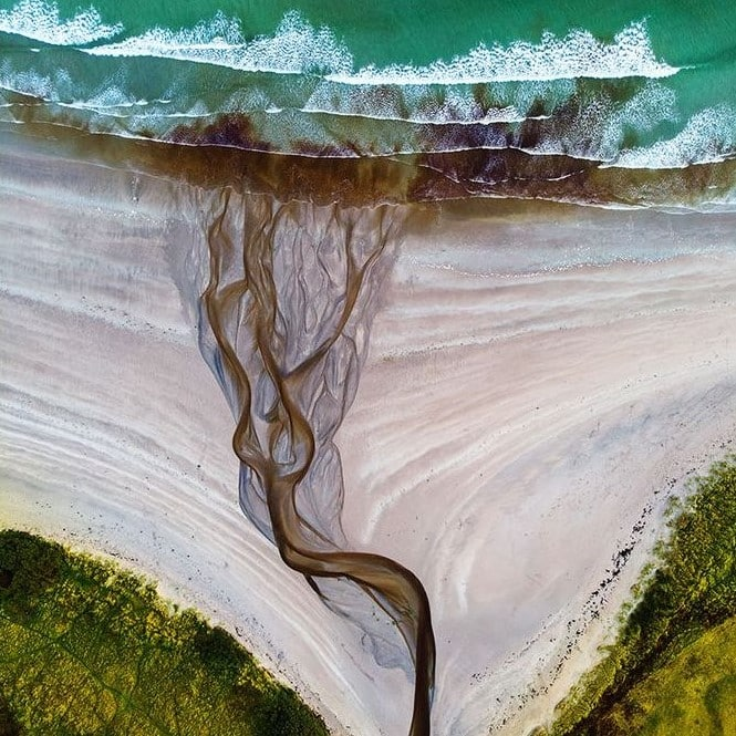 Donegal beach photograph wins National Geographic competition.